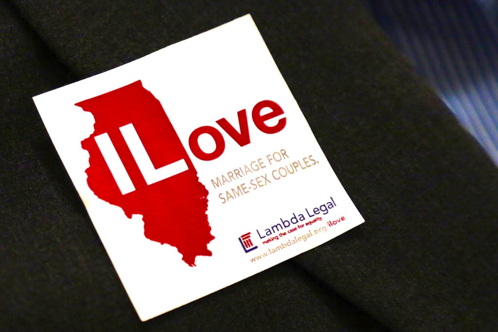 Illinois+passes+marriage+equality