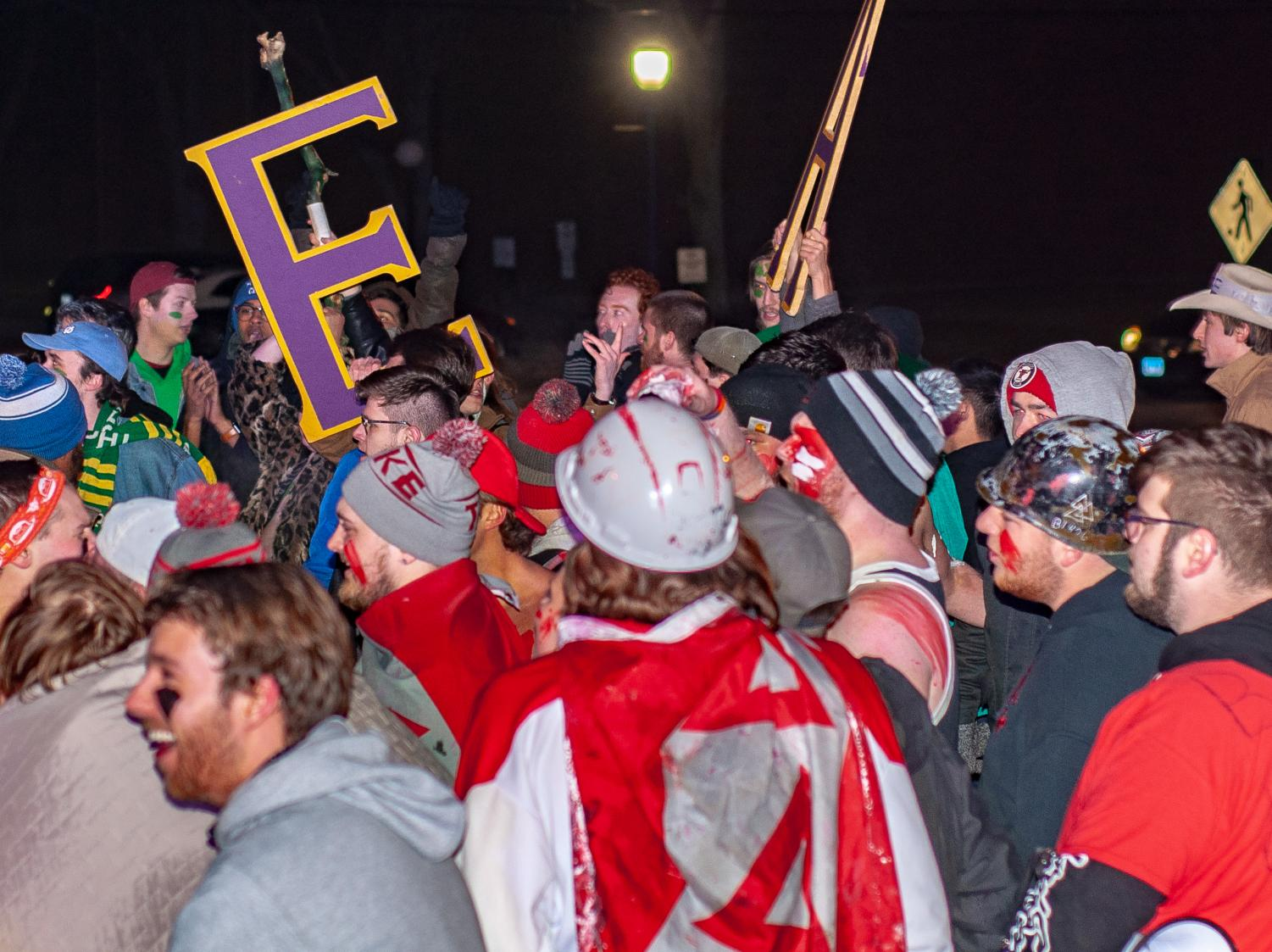 Fraternity brothers rush home at
