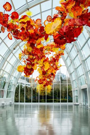Chihuly Garden and Glass, Glasshouse Exhibit only able to be photographed well due to the absense of people.
